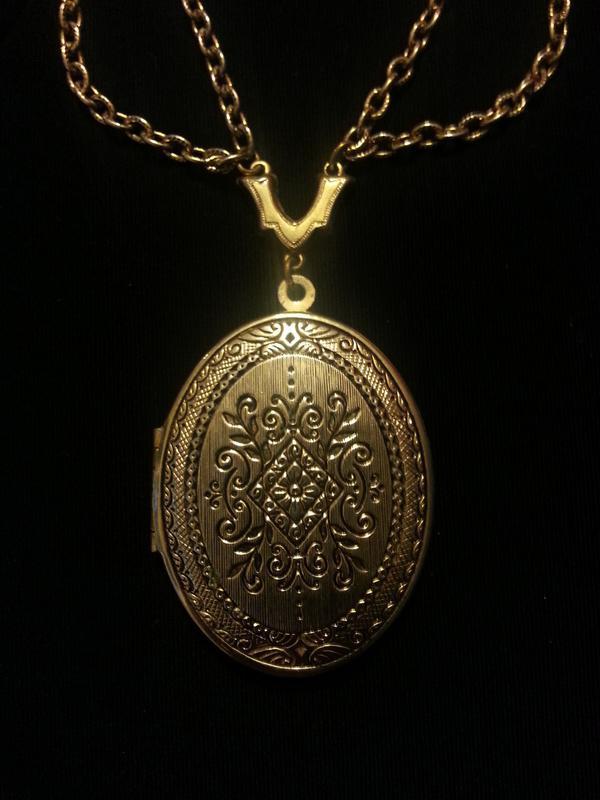 łańcuszek złoty z medalikiem